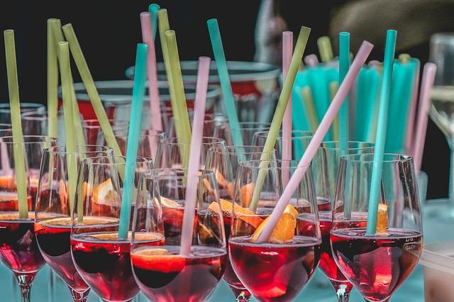 עיצוב שולחן למסיבת רווקות