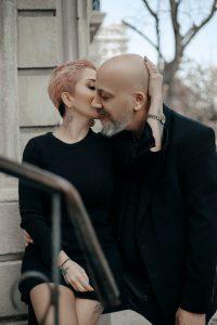 מדריך: טיפול בנשירת שיער לחתנים המקריחים